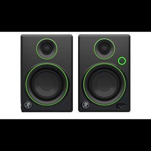01118 Mackie Studio Monitor, Black w/green trim
